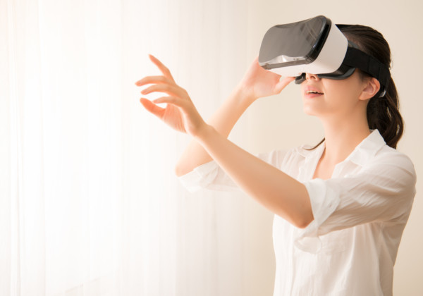 VRでバンジー体験ができるスポット!実際のバンジーは怖くてNGでも人気