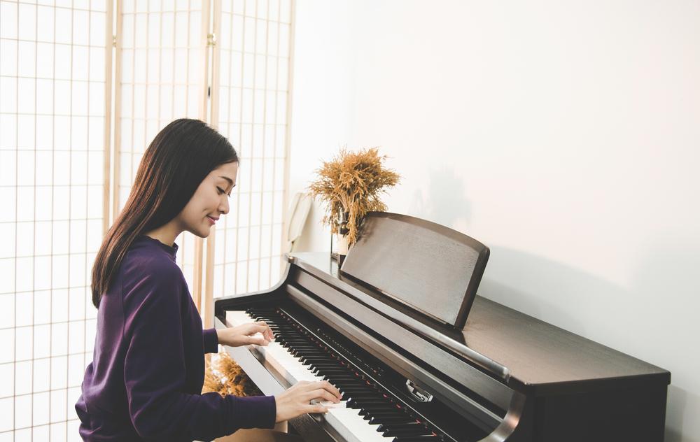 ピアノを挫折する理由と大人になってから再びスタートするメリットについて