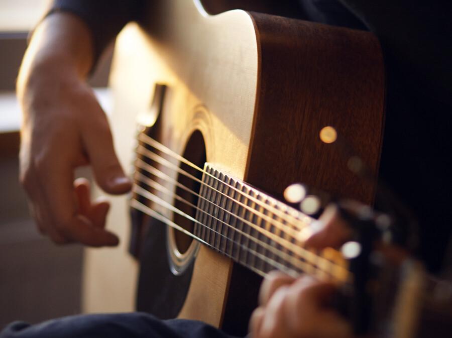 SAKURAIの歌ネタが面白い!ギターとあるある風ネタでブレイクの兆し